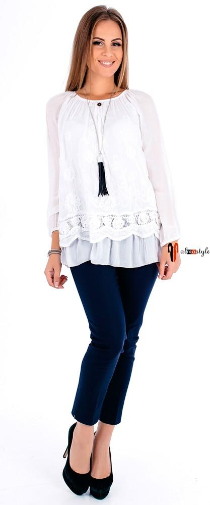 Шелковая белая блуза с кружевом