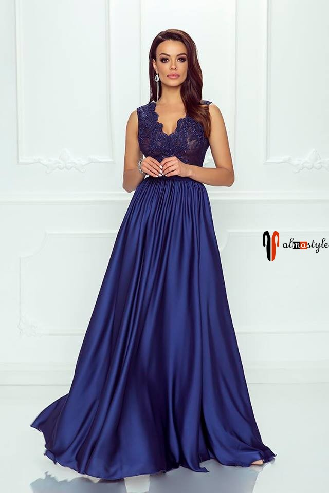 Платье синее, у-образный вырез,, в пол