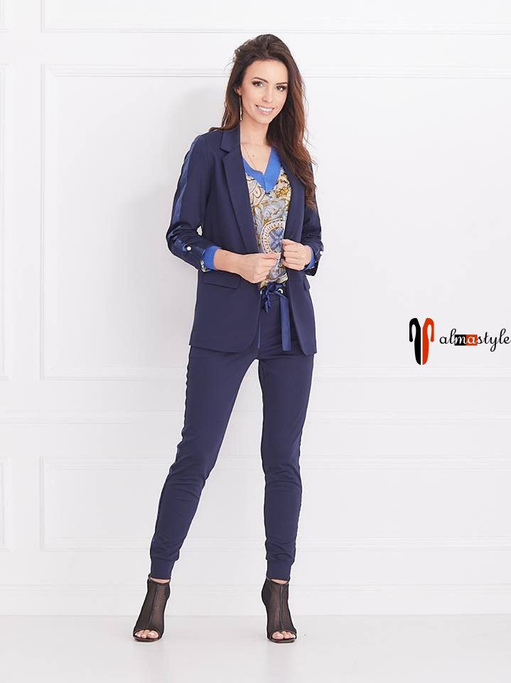 Костюм синий брючный, блуза шифон с трикотажной отделкой