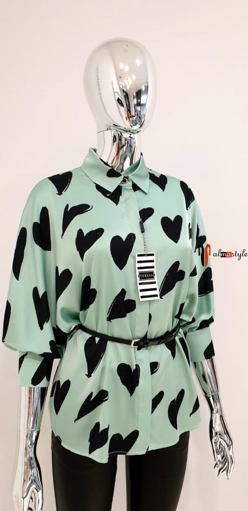 Блузка классическая мятного цвета  сердечки