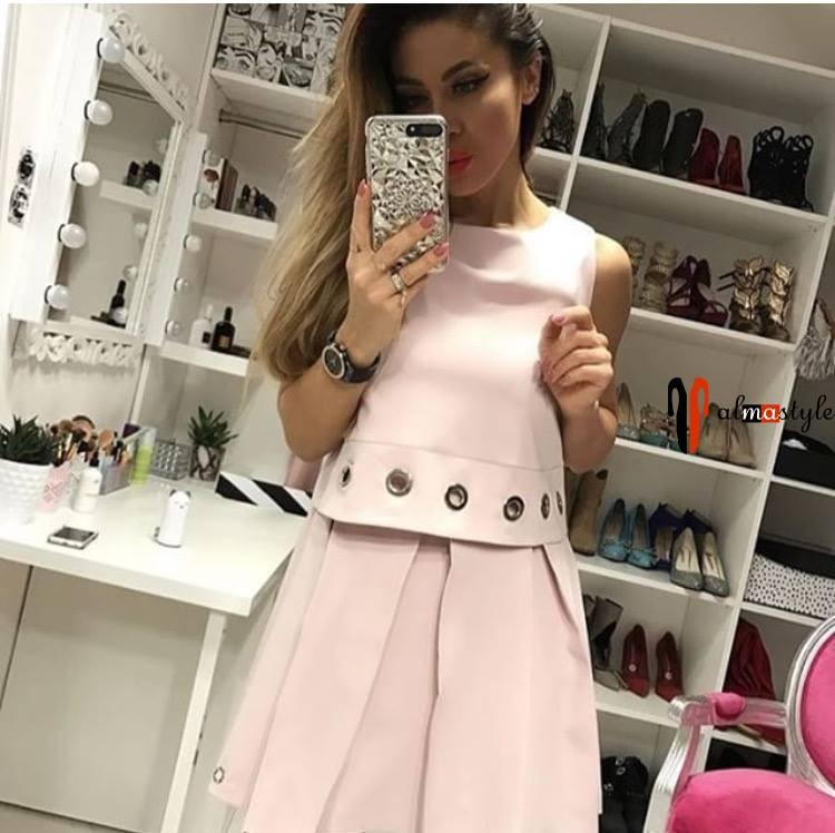 Короткое пышное платье цвета пудры