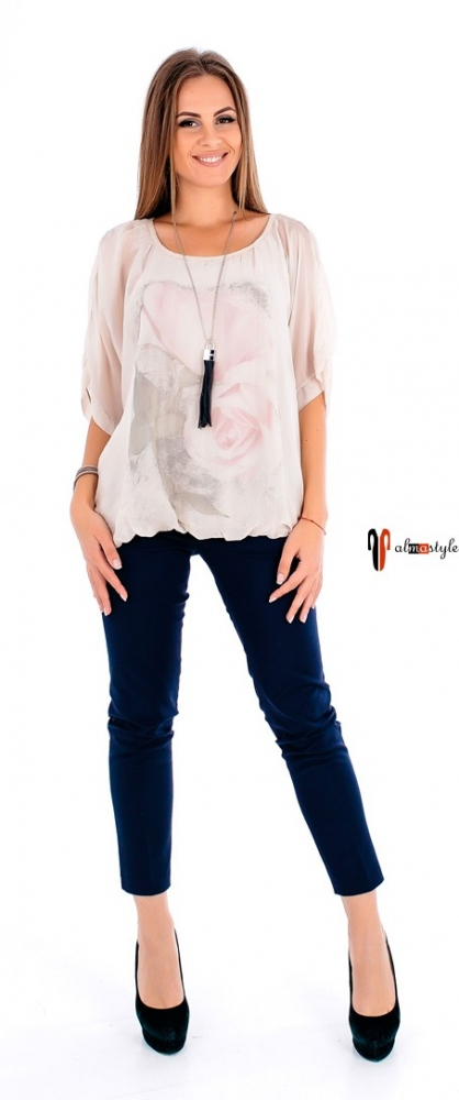 Летняя блуза на резинке с гипюровой вставкой
