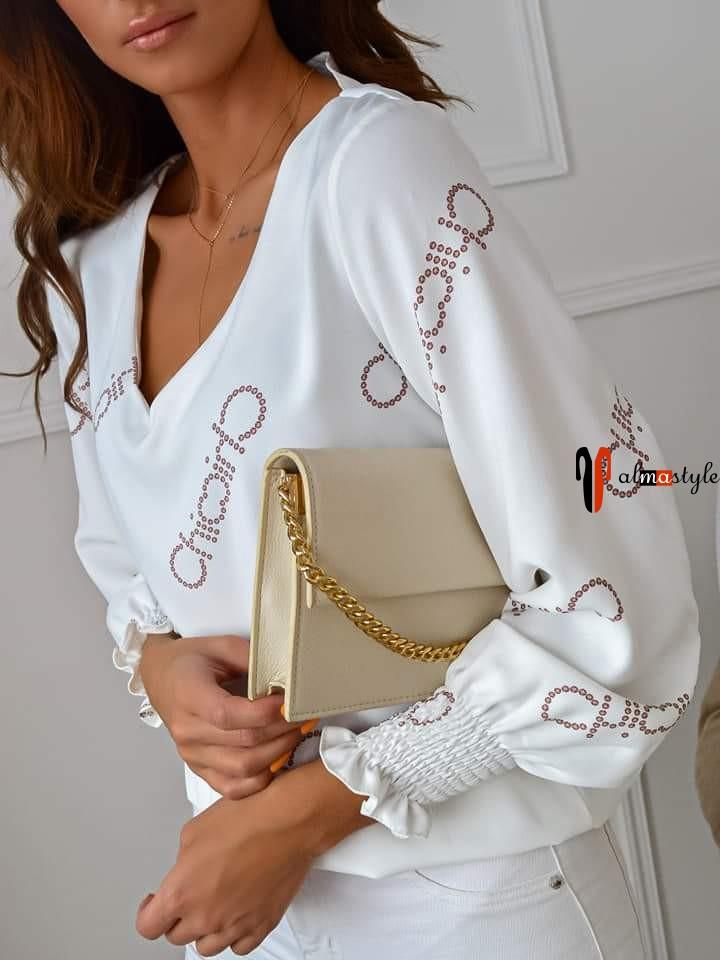 Блузка белая с рукавом