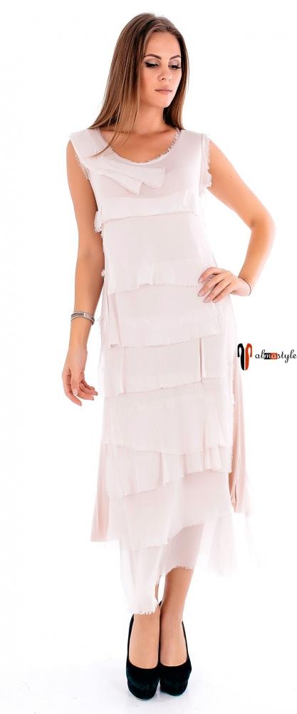 Стильное платье миди цвета пудры