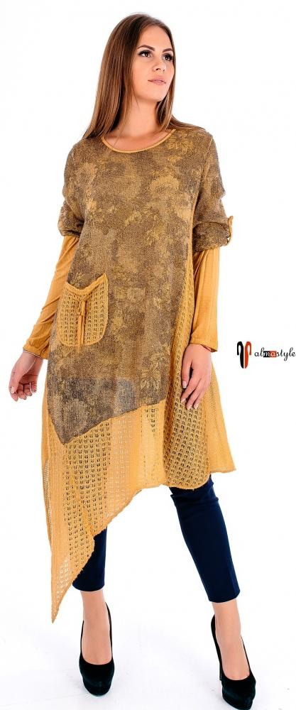 Яркая туника-платье с асимметрией