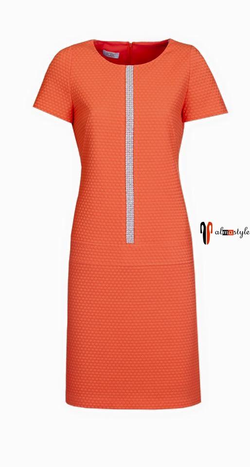 Красное платье, короткий рукав