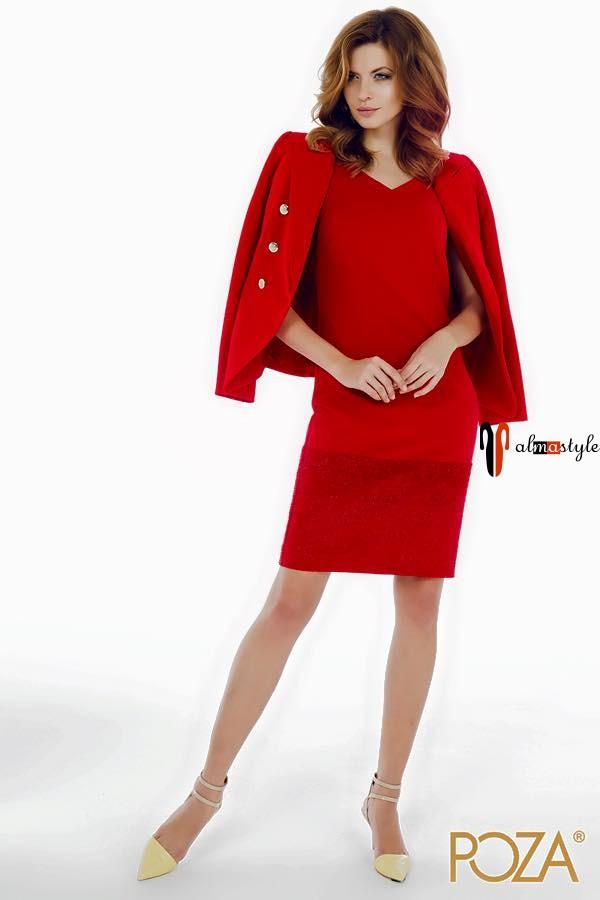 Костюм-комплект из жакета и платья красного цвета