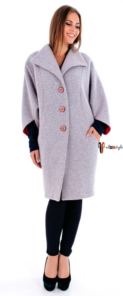 Светло-серое пальто кокон