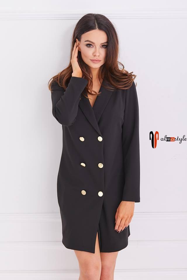 Черное платье жакет двубортный свободного кроя