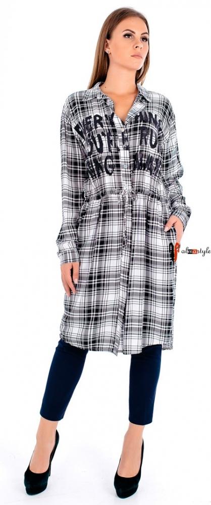 Стильное платье-рубашка в клетку с напуском