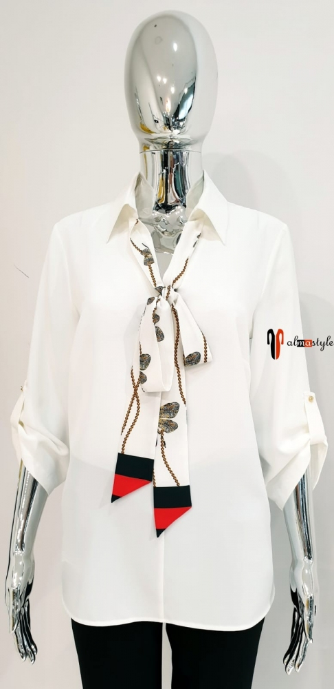 Блузка белая классическая с галстуком и  вставкой на спине