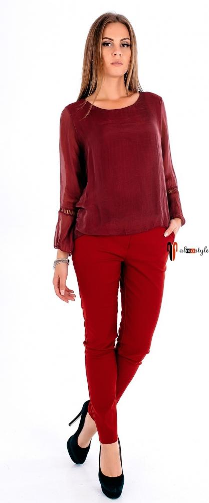Блуза бордового цвета со вставкой из гипюра на спине