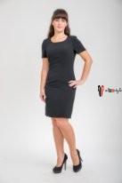 Черное платье-футляр на подкладе