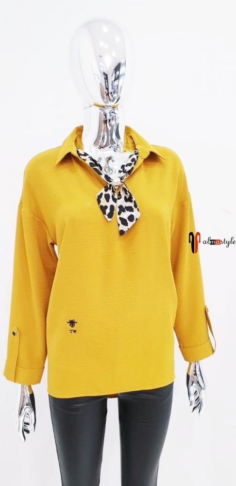 Блузка с галстуком желтого цвета