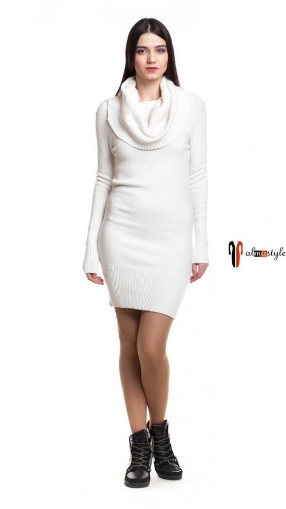 Платье трикотажное, белое
