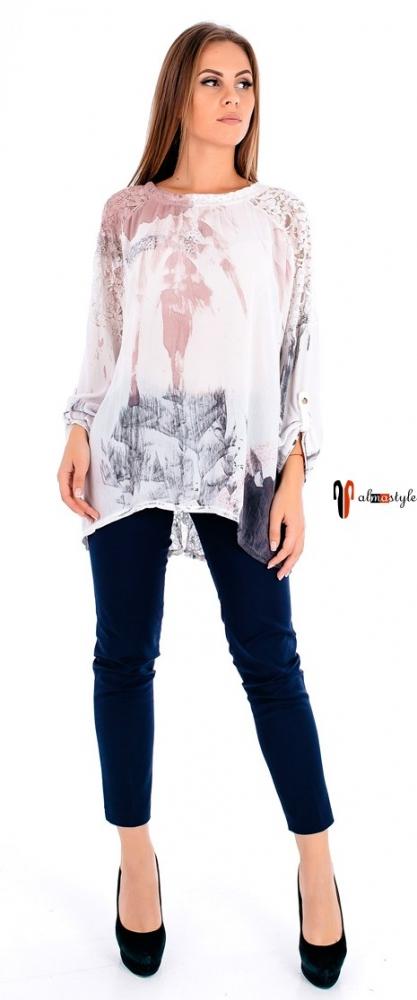 Стильная белая блуза свободного кроя
