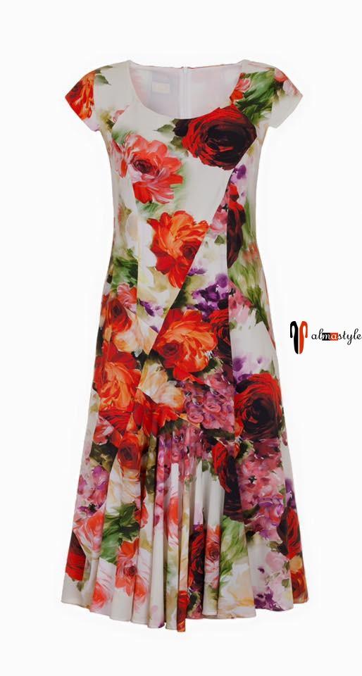 Стильное легкое платье с цветочным принтом