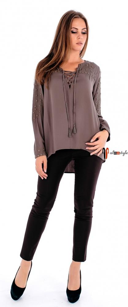 Блуза болотная, на шнуровке