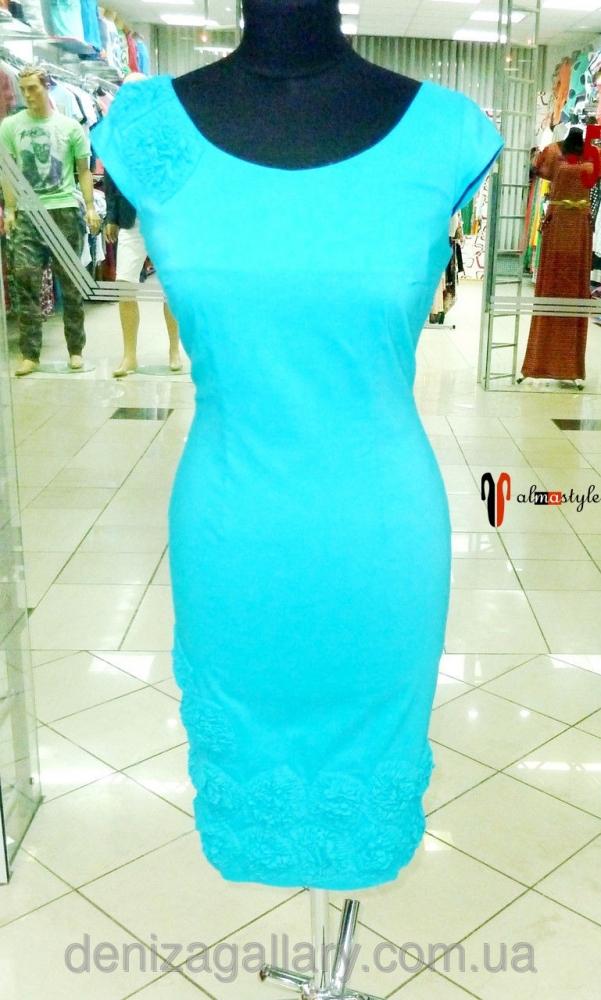 Короткое летнее платье в бирюзовом цвете