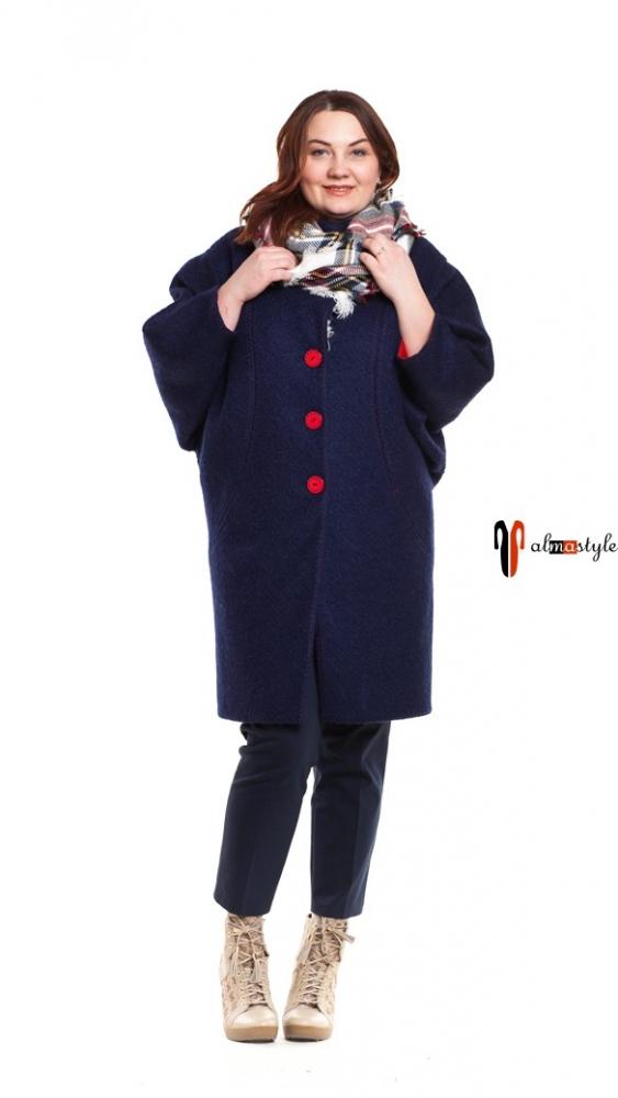 Пальто синее, с красной отделкой